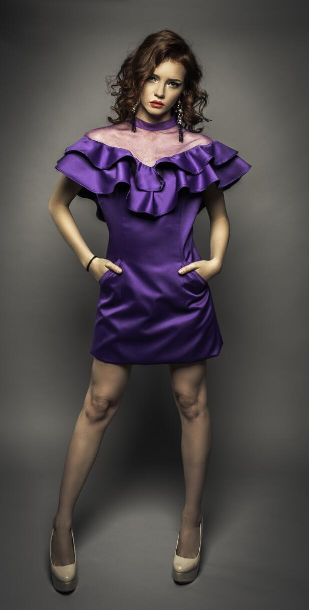 Vestido morado - Jorge Salazar 2019