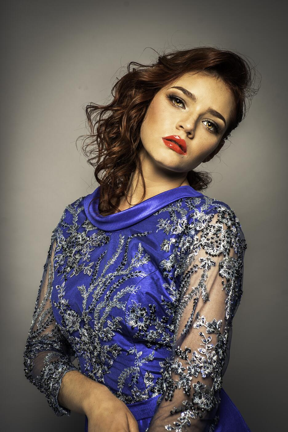 Vestido azul - Jorge Salazar 2019