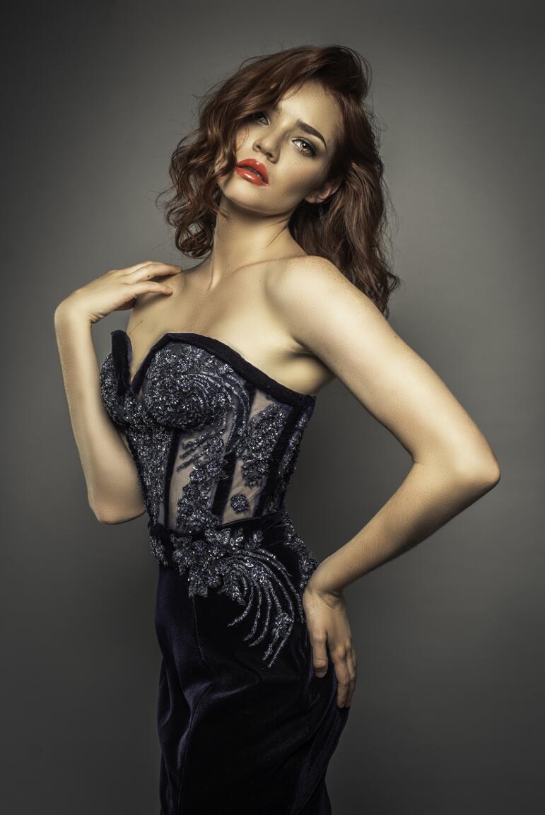 Vestido negro - Jorge Salazar 2019